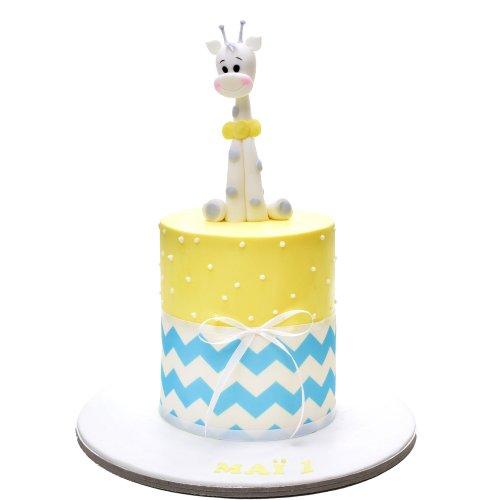 sofia giraffe cake 3 7