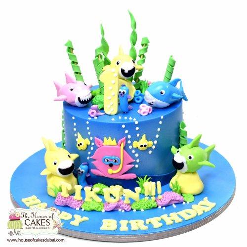 Baby shark cake 2