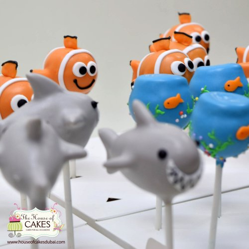 see theme cake pops 10