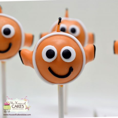 see theme cake pops 8