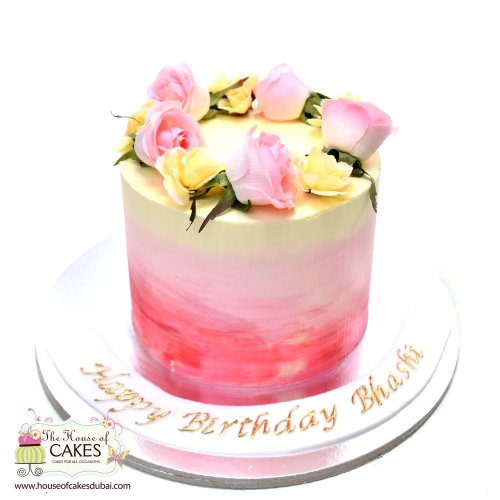 pink buttercream cake with roses 7