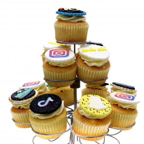 cupcakes with logo 6