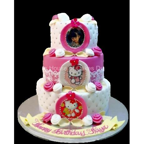 Hello Kitty cake 26