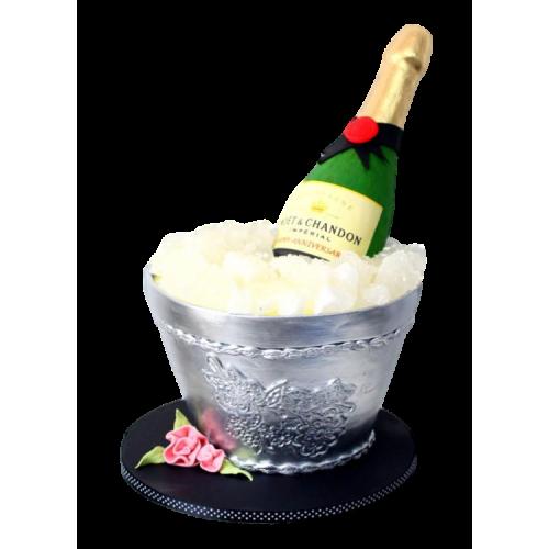 champagne bottle cake 1 7