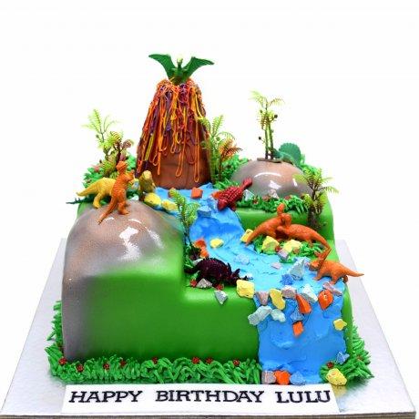 dinosaurs theme cake 6