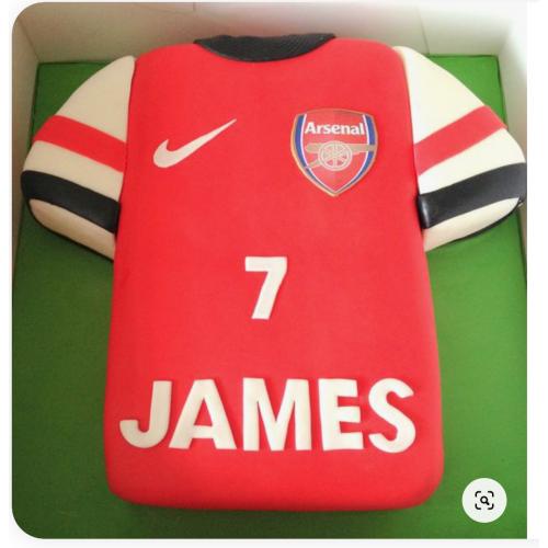 arsenal shirt cake - red 7