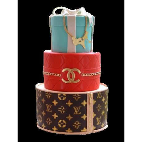tiffani, chanel and louis vuitton cake 6