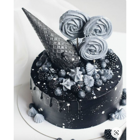 black and silver cake 6