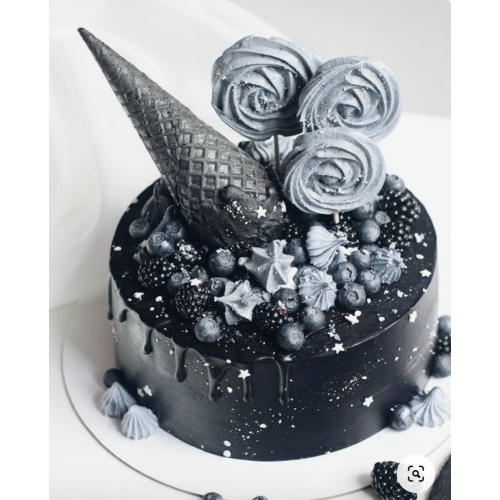 black and silver cake 7