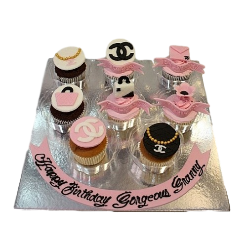 Chanel cupcakes 3