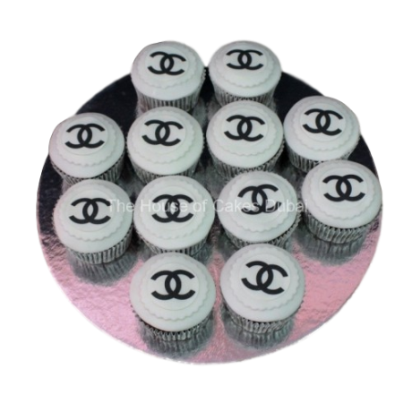 Chanel cupcakes 5