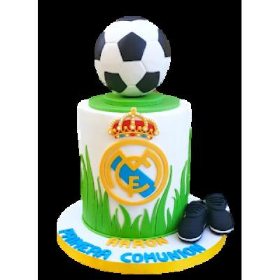 Real Madrid cake 7