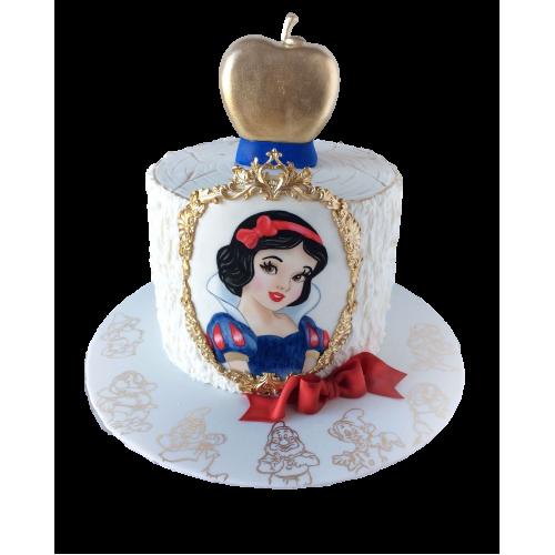 snow white cake 1 7