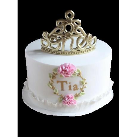 tiara cake 6