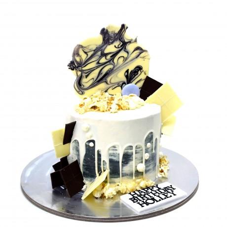 dripping white chocolate cake 7