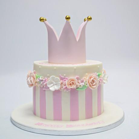 crown cake 18 6