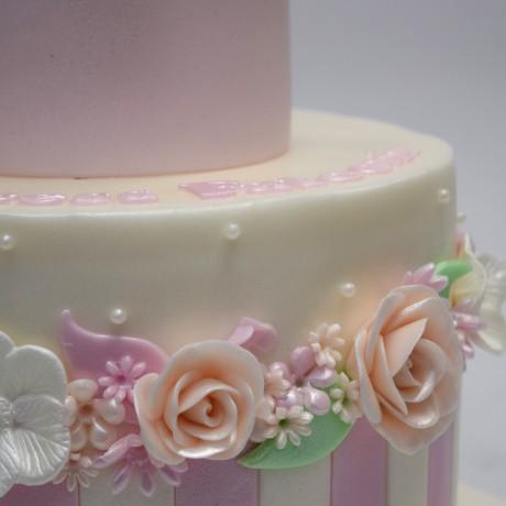 crown cake 18 7