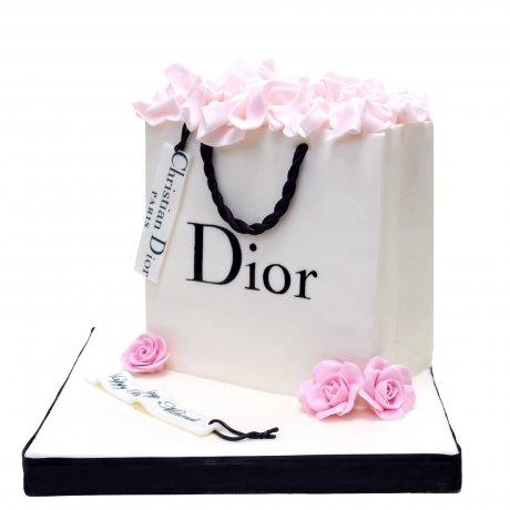 dior shopping bag cake 6
