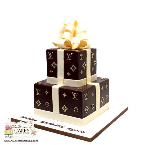 louis vuitton cake 9 8