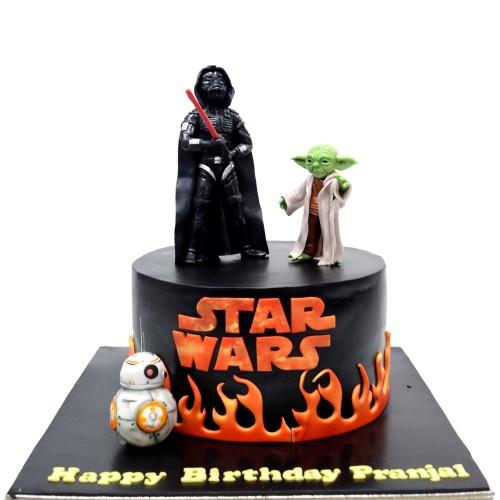 Star wars cake with Dart Vader and Yoda