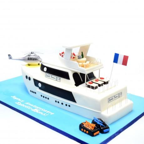 yacht cake 3 7
