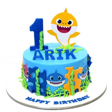baby shark cake 4 6