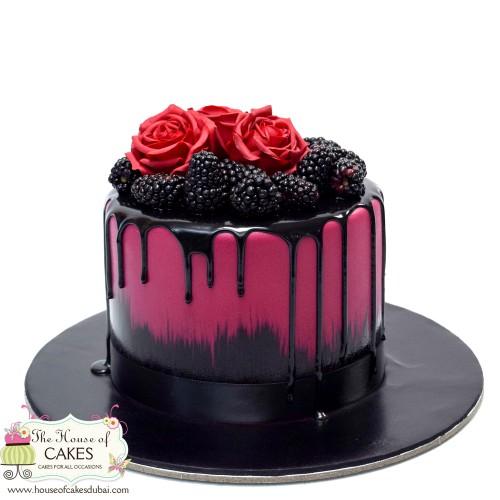 blackberries roses and black drip cake 7