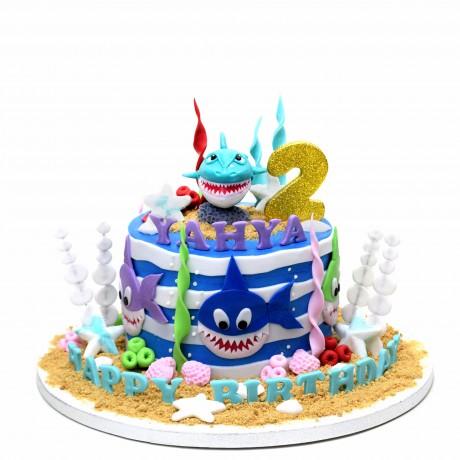 baby shark cake 5 7