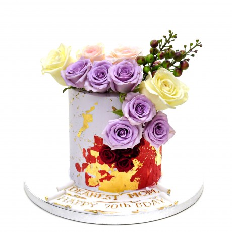modern cake with roses 12