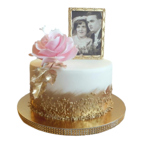 anniversary cake with roses 6