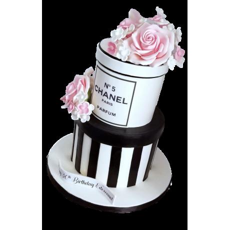 chanel cake 7 6