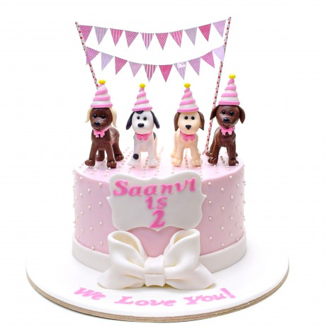 cake with puppy dogs 12