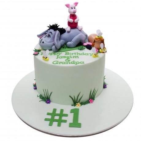 eeyore and piglet cake 6