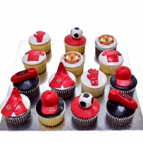 manchester united cupcakes 12
