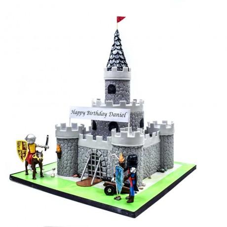 knight castle cake 7