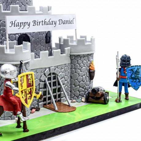knight castle cake 8
