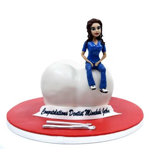 dentist cake 5 7