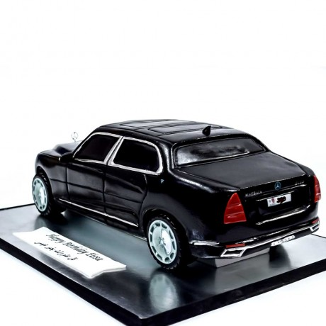 mercedes-maybach s 560 car cake 7