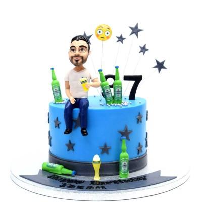 Guy and Heineken Cake
