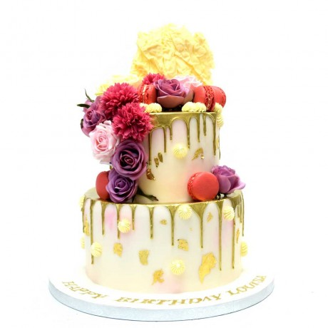 gold dripping and pink roses cake 6