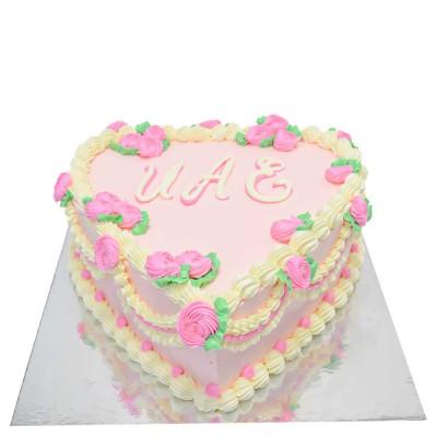 UAE heart cake