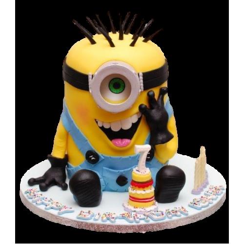 minion cake 17 13