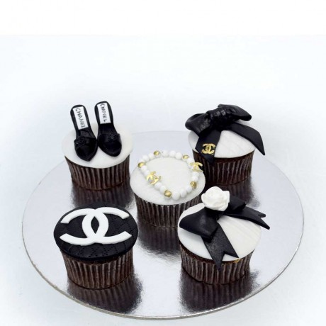 chanel cupcakes 4 6