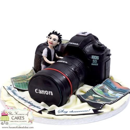 canon camera cake 5 7