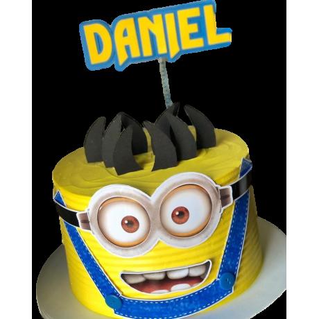 minions cake 8 12