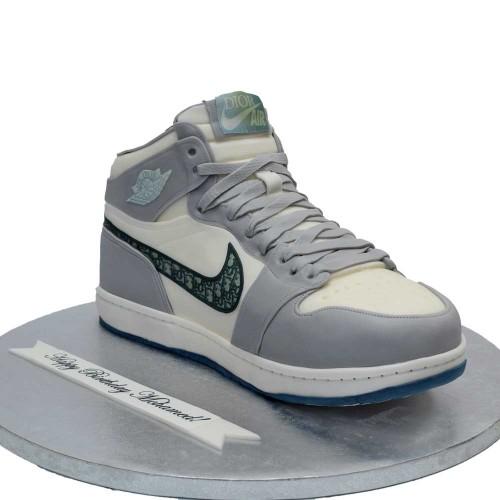 nike air jordan mid sneaker cake 7