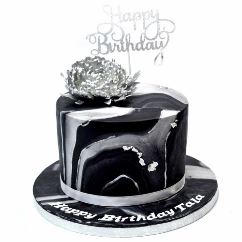 black and silver marble cake 7
