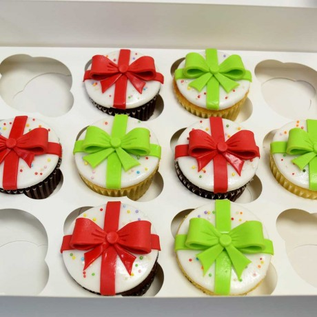 gift cupcakes 12