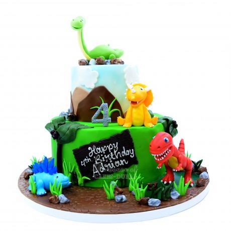 dinosaurs cake 2 12