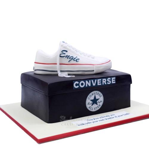 converse sneaker cake 1 13